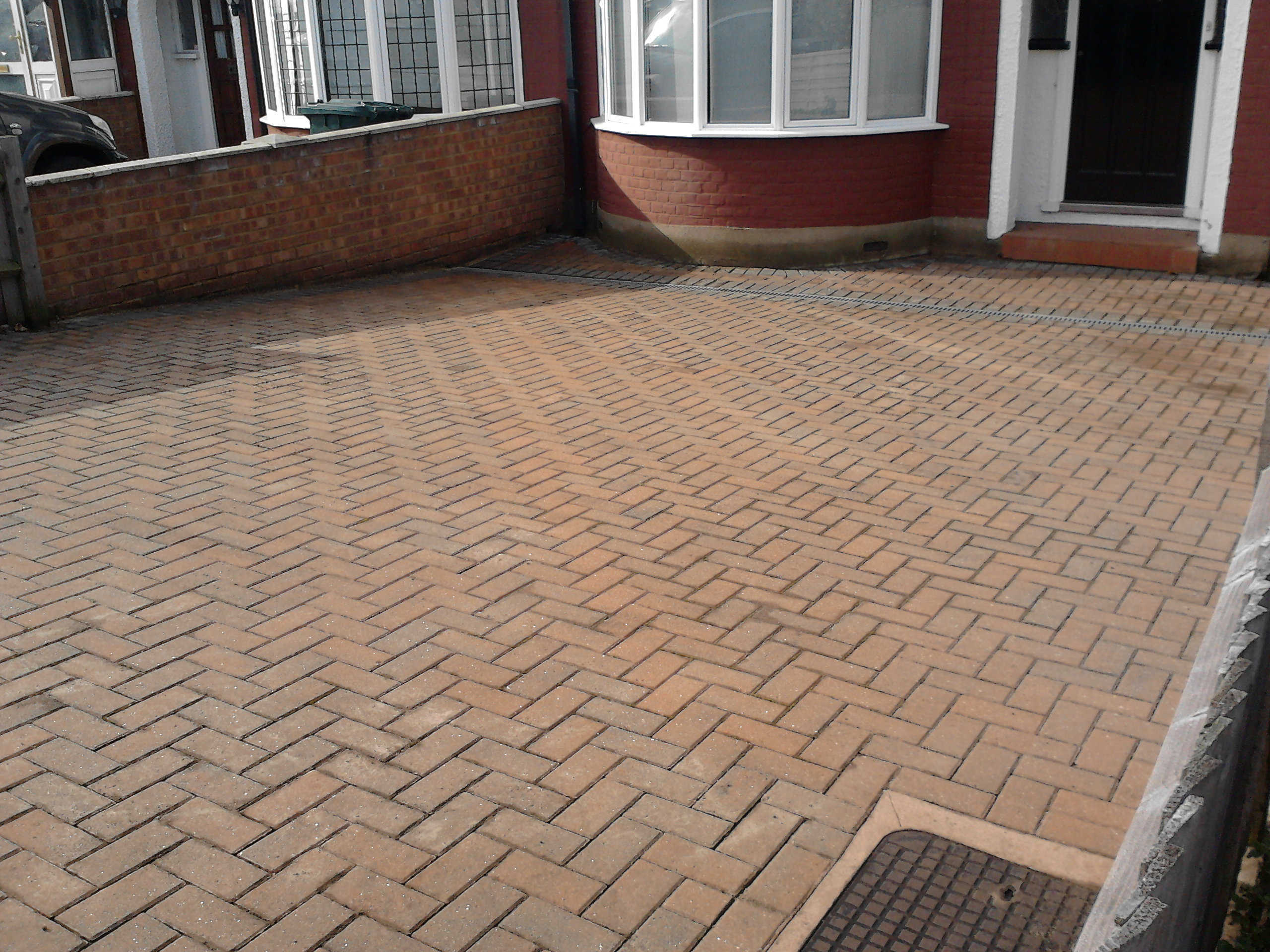 Block Paving N12: AFTER